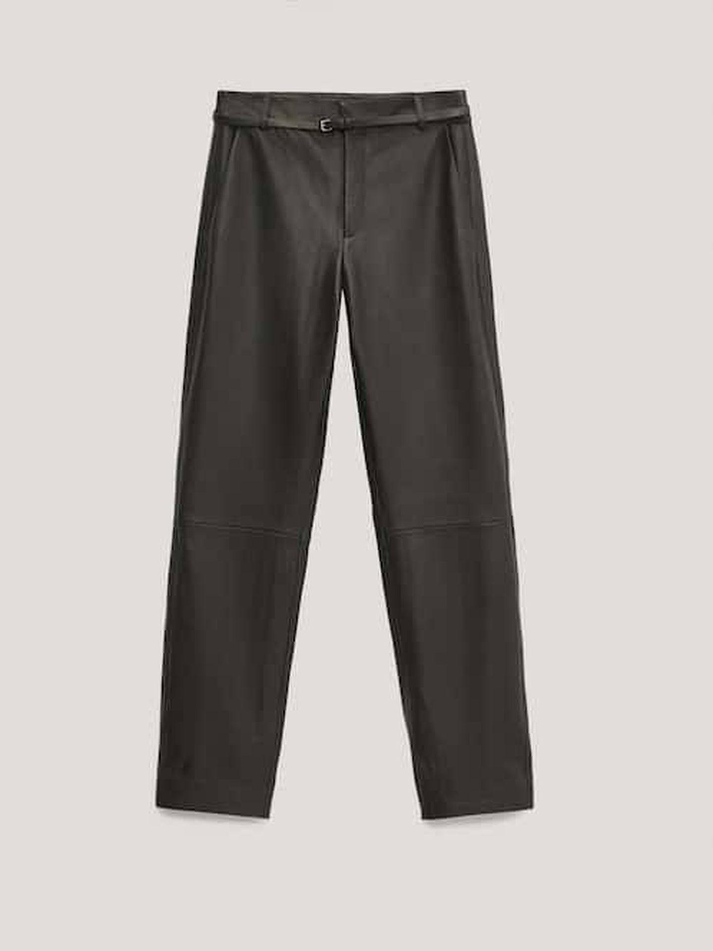El pantalón de Massimo Dutti. (Cortesía)