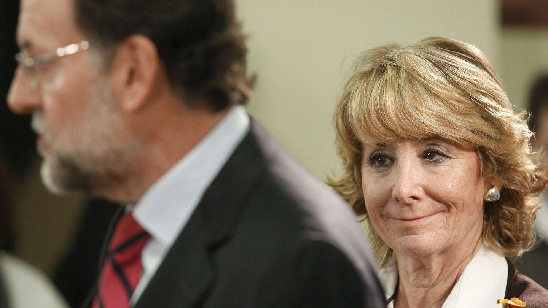Esperanza Aguirre y Mariano Rajoy. (EFE)
