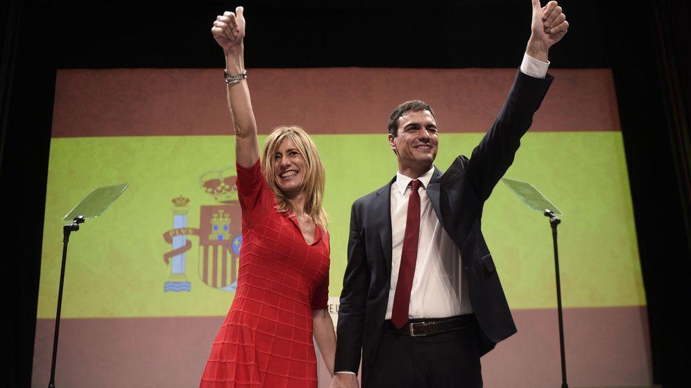 Foto: Pedro Sánchez y Begoña Fernández en una imagen de archivo