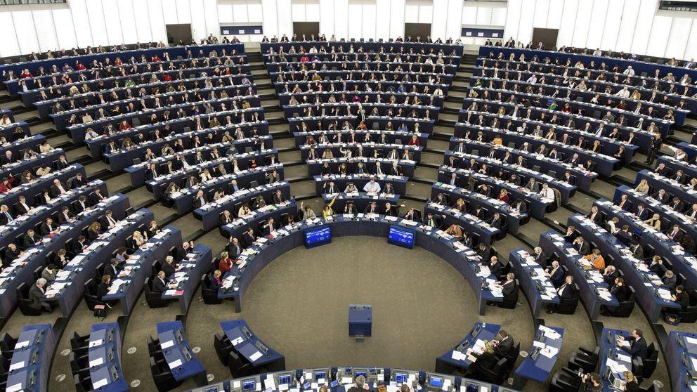 El Parlamento Europeo reclama a Bruselas 'mano dura' con los gigantes de internet