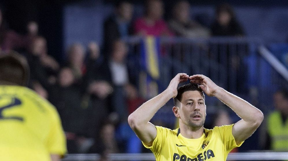 Foto: Los jugadores del Villarreal tras el empate. (EFE)