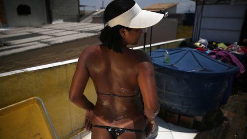 La emprendedora de Brasil que gana 14.000 euros al mes con bikinis de cinta aislante
