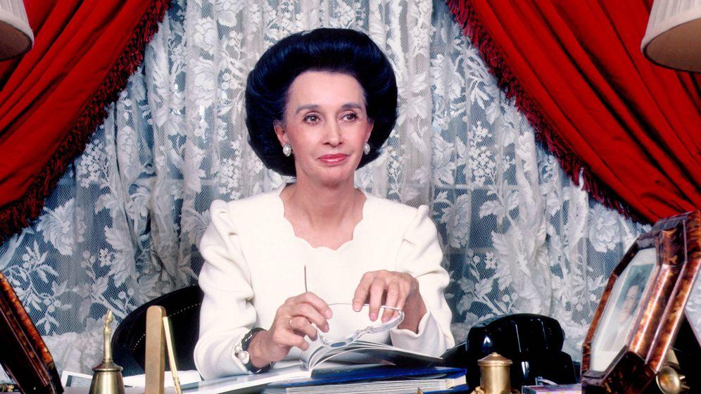 Foto: La condesa de Romanones en una foto de 1982 en su casa de Madrid. (Getty)