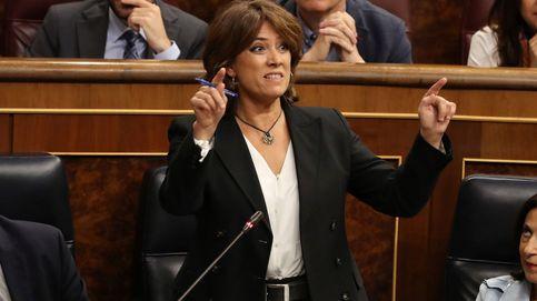 Delgado, recibida por el PP al grito de dimisión, se declara v´íctima de chantaje