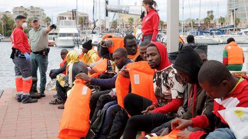 Muere un inmigrante tras un nuevo salto multitudinario en la valla de Melilla