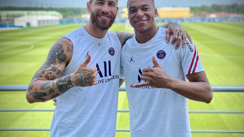 Sergio Ramos junto a Mbappé en un entrenamiento. (@sergioramos)