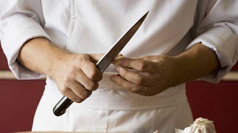 El truco para quitar el olor a ajo de las manos cuando cocinas