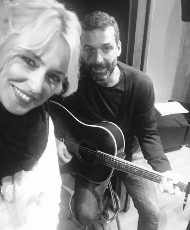 Foto: Carolina Cerezuela y Jaime Anglada en una imagen de Twitter