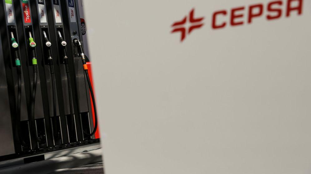 Foto: Estación de servicio de Cepsa en Madrid. (EFE)