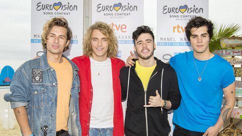 Manel Navarro esconde a sus verdaderos coristas en Eurovisión 2017