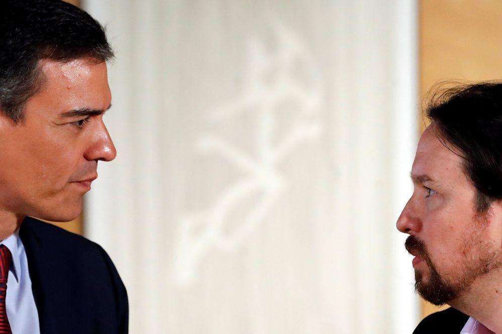 Foto: Pedro Sánchez y Pablo Iglesias, el pasado 9 de julio en el Congreso. (EFE)