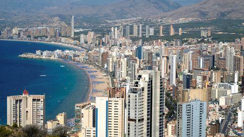 Elogio de Benidorm: el gran invento del turismo firma otro verano de éxito