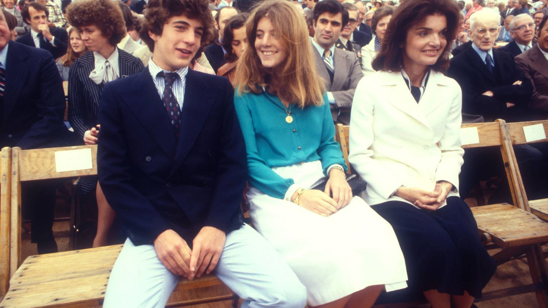 John, Caroline y Jackie Kennedy. (Getty)
