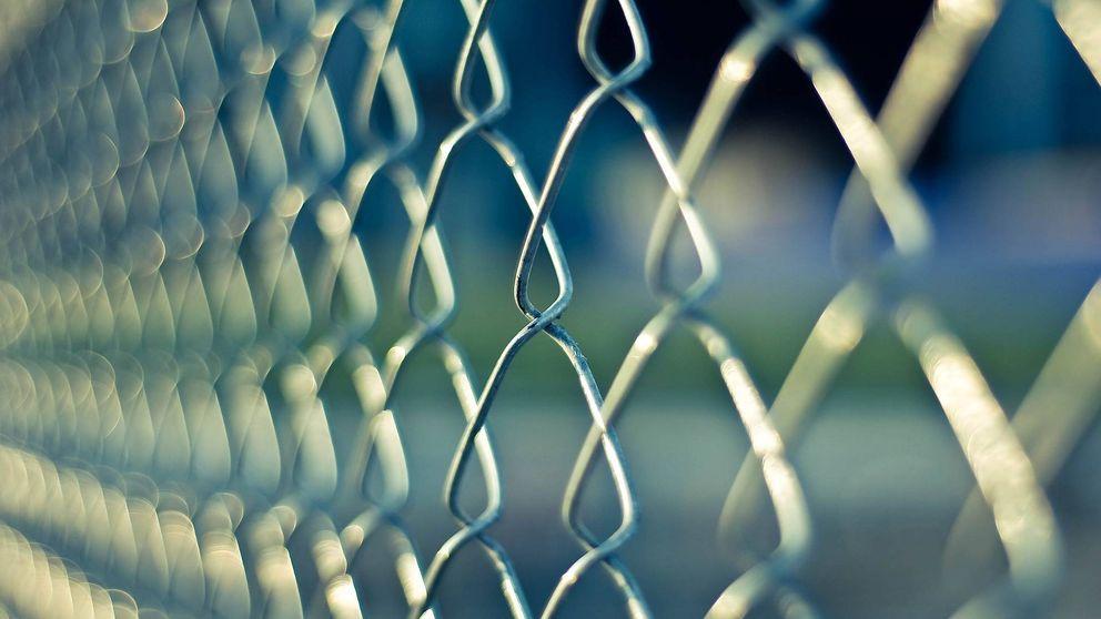 Un preso agrede a cuatro funcionarios de prisiones con un pincho en Las Palmas