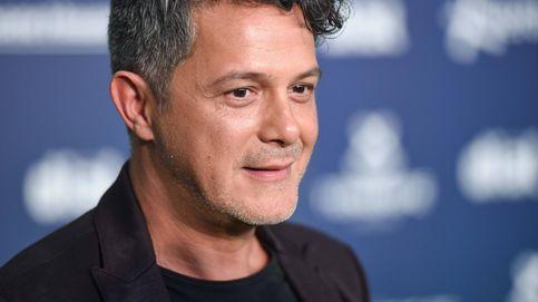 Alejandro Sanz carga contra los Premios Jaume I por su campaña idiota