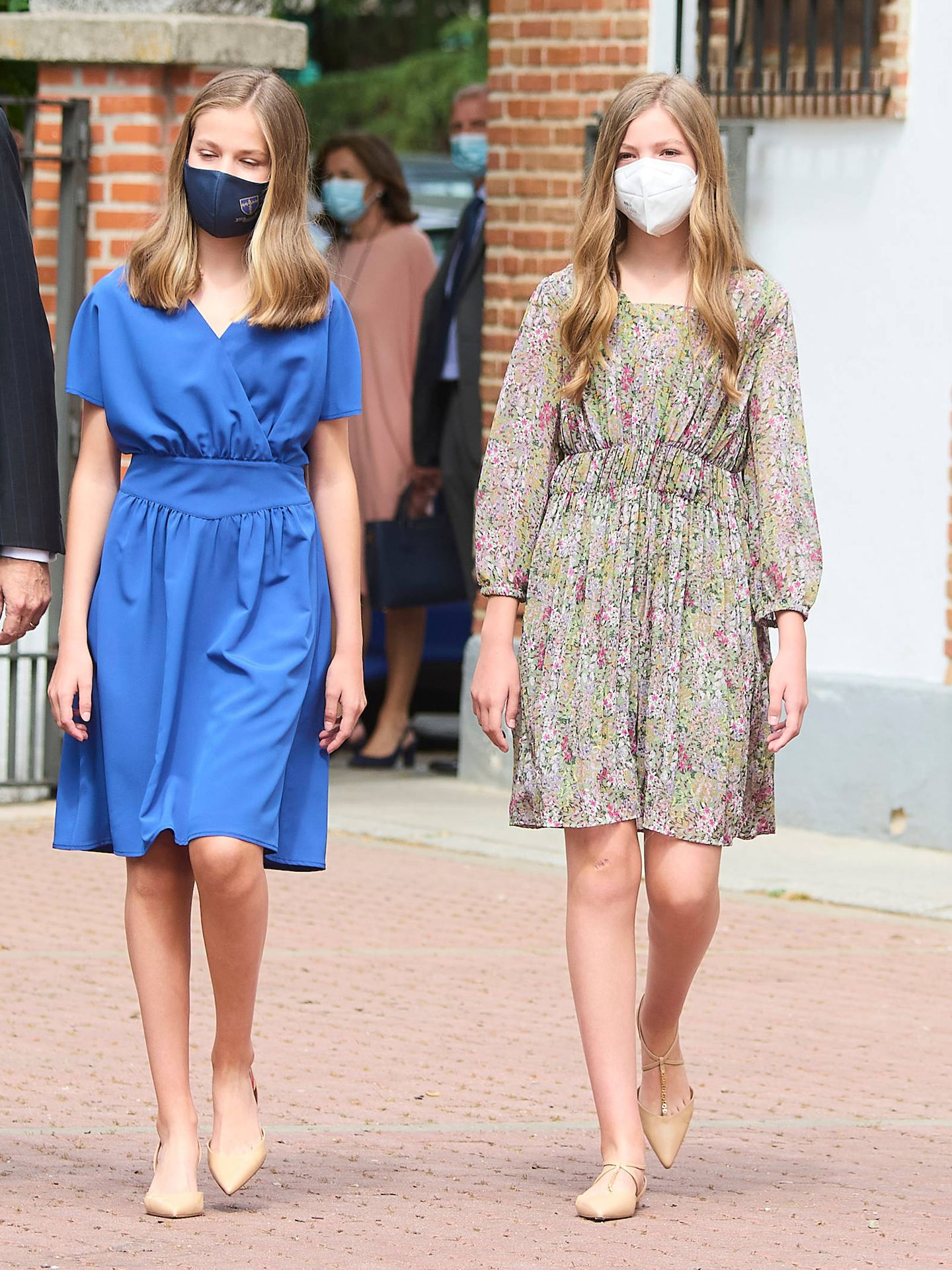 Sofía y Leonor, a su llegada a la iglesia. (Limited Pictures)
