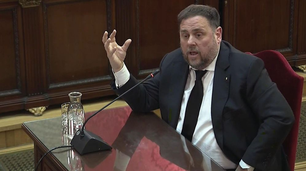 Foto: Imagen tomada de la señal institucional del Tribunal Supremo de la declaración del exvicepresidente de la Generalitat Oriol Junqueras. (EFE)