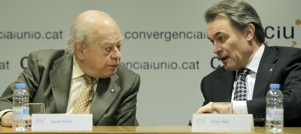 Foto: El presidente fundador de CiU, Jordi Pujol (i), y el presidente de la Generalitat, Artur Mas. (EFE)