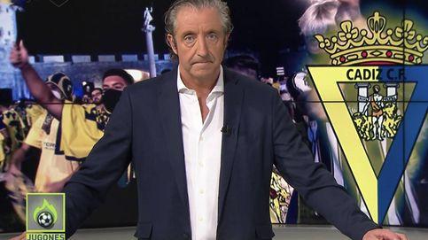 Vídeo: los radicales del Cádiz CF increpan al equipo de Josep Pedrerol (La Sexta) por grabar el descontrol