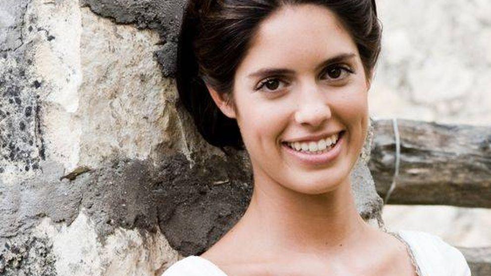 Un tocado de plumas con mucho trabajo para Sofía Palazuelo en su boda