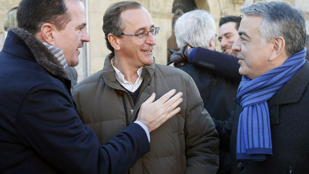 Alonso e Iturgaiz, la noche y el día en el PP: del rechazo a Vox a aunar fuerzas