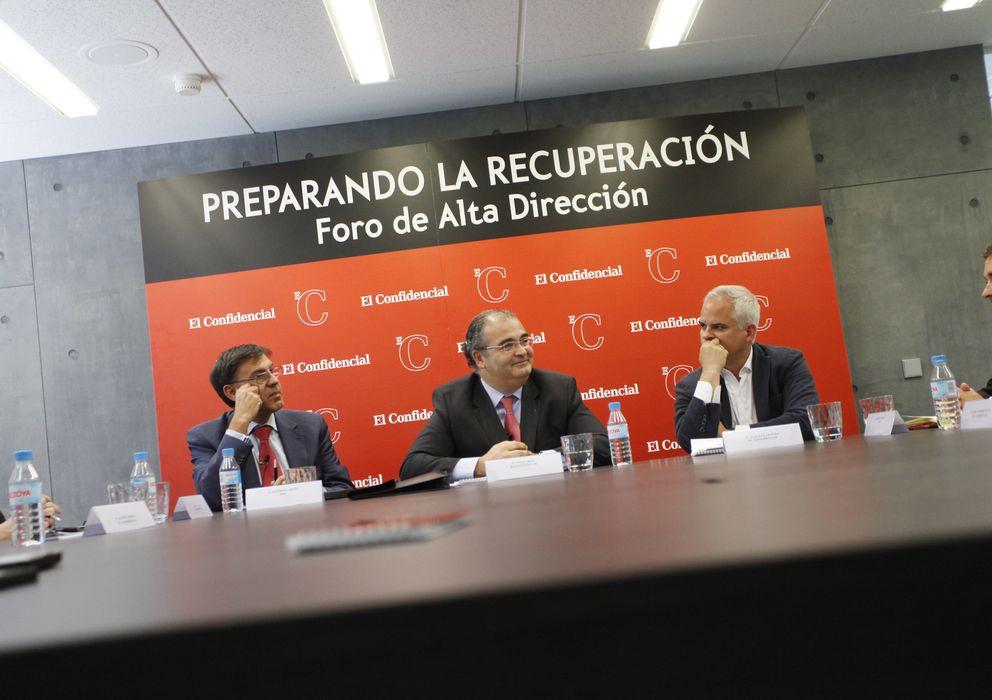 Foto: El presidente de Banco Popular, Ángel Ron, en el Foro organizado por 'El Confidencial' y PwC. (E. Villarino)