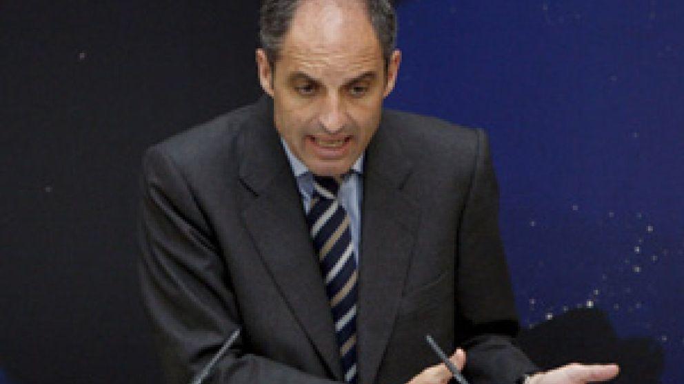 Garzón se inhibe en favor del TSJ de Valencia por Camps y Costa
