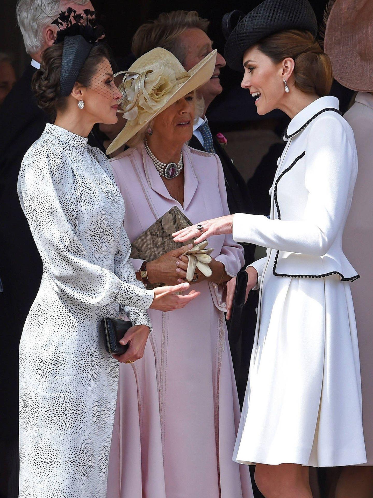 La Reina, con Kate Middleton. (Getty)