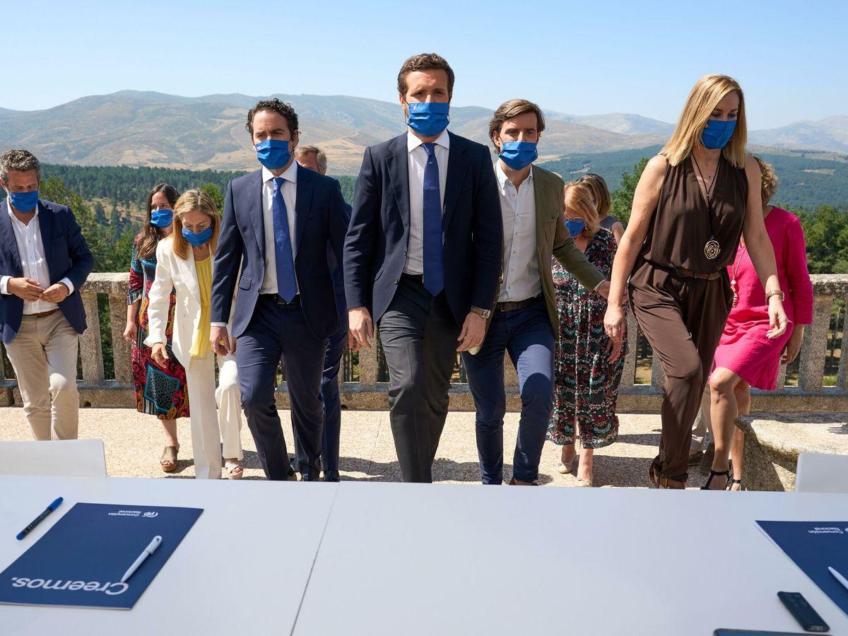 Foto: Pablo Casado, en la junta directiva celebrada hace días desde Gredos. (EFE)