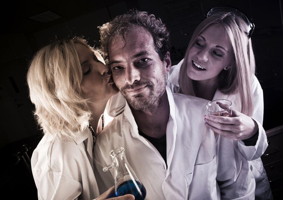 Foto: Estos son los cuatro de los factores que según la ciencia nos hacen deseables y atractivos. (iStock)