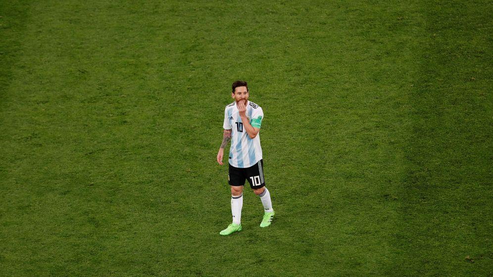Foto: Ningún otro jugador argentino recibe tanta presión como Leo Messi. (Reuters)
