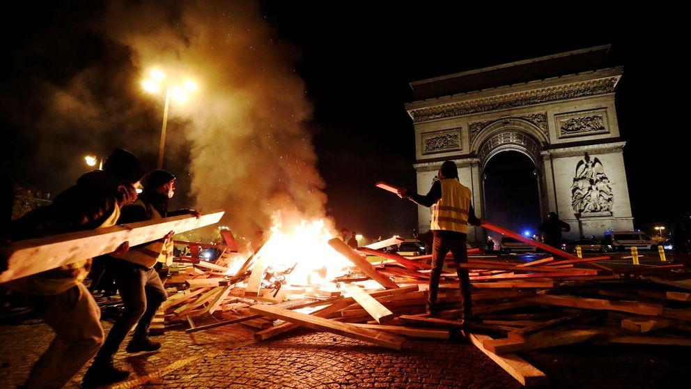Macron utiliza el fantasma de la ultraderecha para frenar la protesta social