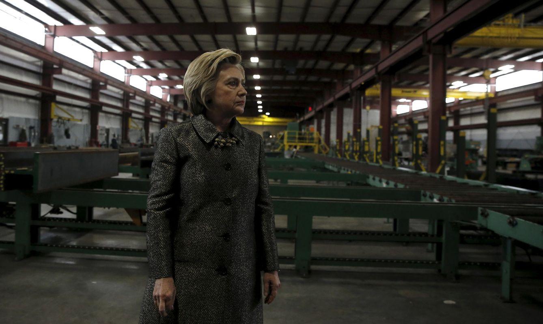 Foto: La candidata presidencial del Partido Demócrata, Hillary Clinton, en Munster Steel, Indiana, el 26 de abril de 2016 (Reuters).