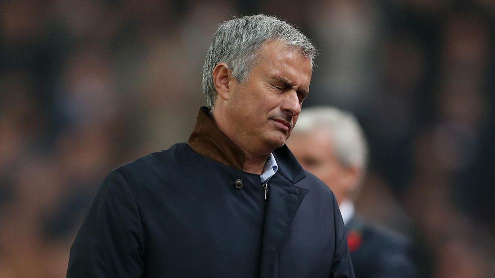 Foto: Mourinho durante la eliminatoria (Reuters).