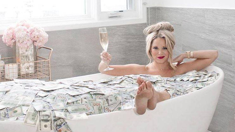 La multimillonaria que fue camarera y niñera: sus tres trucos para ser rica