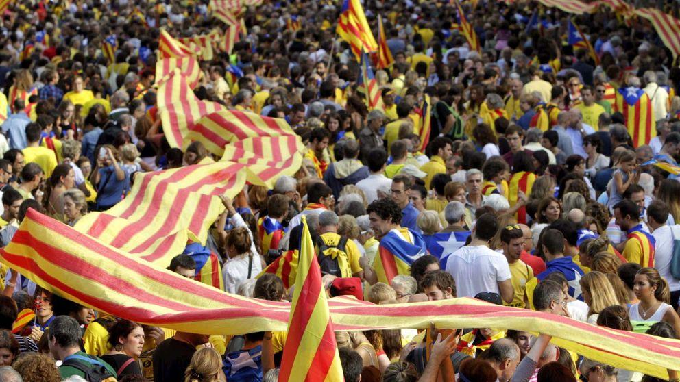 Anonymous Cataluña filtra la lista de inscritos para la V de la Diada