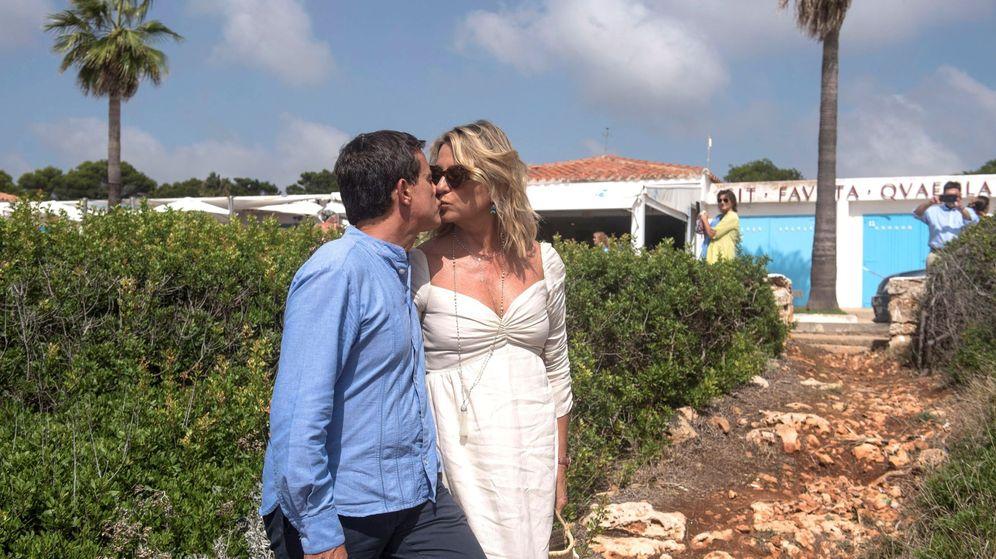 Foto: Valls y Gallardo finalizan los festejos de su boda. (EFE)