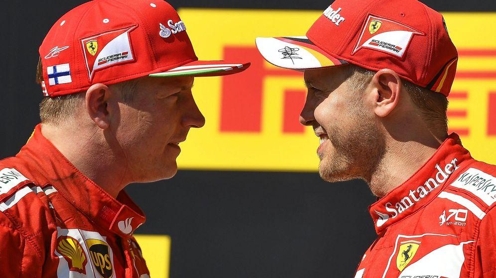 Foto: Raikkonen y Vettel en el podio del pasado GP de Hungría. (EFE)