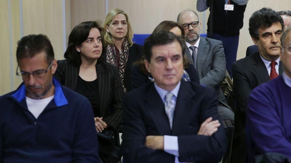Foto: La infanta Cristina, durante el juicio por el caso Nóos. (EFE)