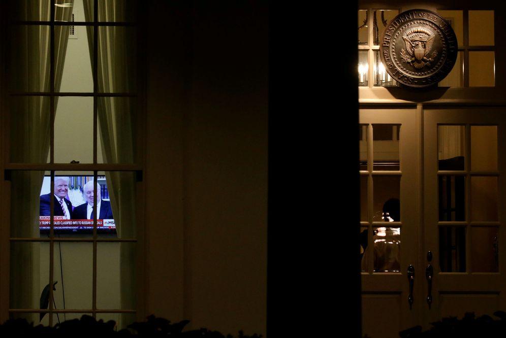 Foto: Vista de la Casa Blanca desde el exterior durante la visita del ministro de Exteriores ruso, el 10 de mayo de 2017. (Reuters)