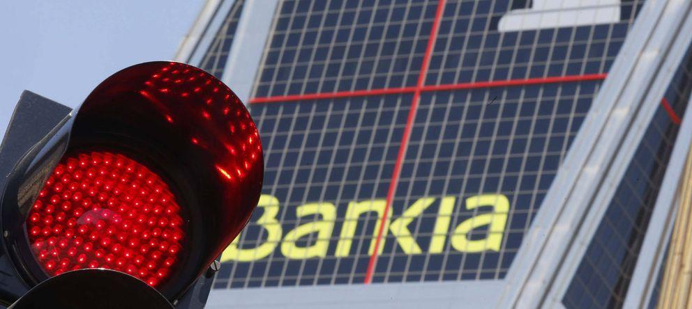 Foto: Vista de la torre de Bankia en la madrileña Plaza de Castilla (EFE)