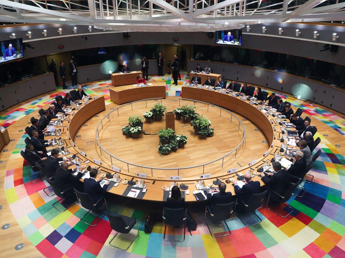 Foto: Visión general de los líderes de la Unión Europea durante la cumbre. (Reuters)