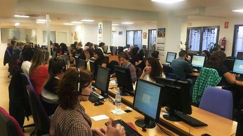 En las tripas de los sondeos: los 'call center' en crisis que determinan el futuro de España