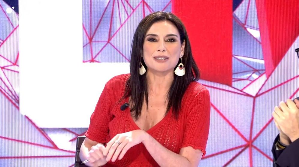 Foto: Momento en el que Marta Flich contesta a Cristina Seguí. (Mediaset España)