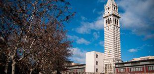 Post de ¿Qué hace esta torre vacía en Atocha? Patrimonio Nacional cagado por palomas