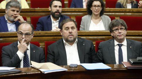 El TC admite el recurso de Rajoy y suspende la reforma del Reglamento del Parlament