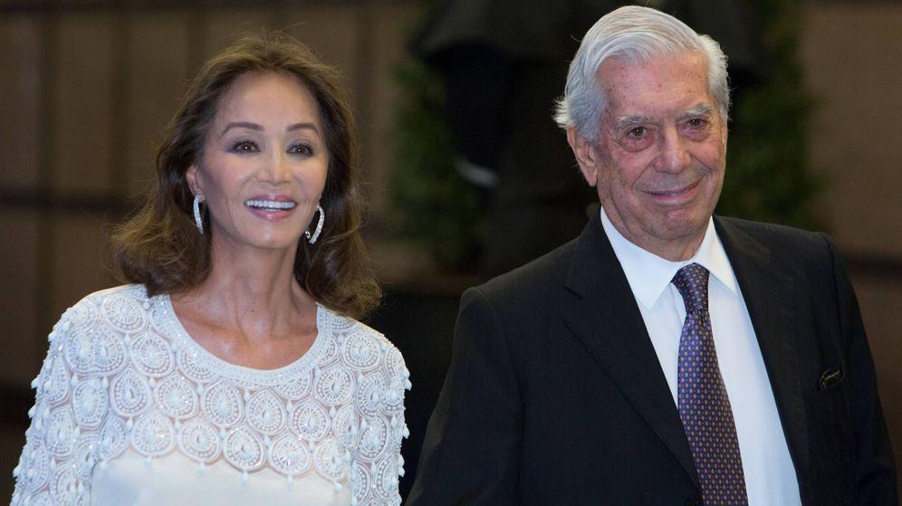 Foto: Mario Vargas Llosa e Isabel Preysler en una imagen de archivo. (Getty)