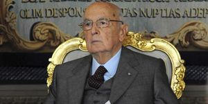 Los mercados dejan solo a Berlusconi en su deseo de celebrar elecciones anticipadas