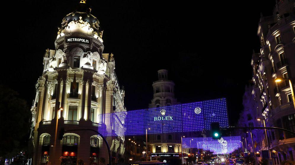 Foto: Iluminación de la calle Gran Vía durante la pasada Navidad. (EFE)