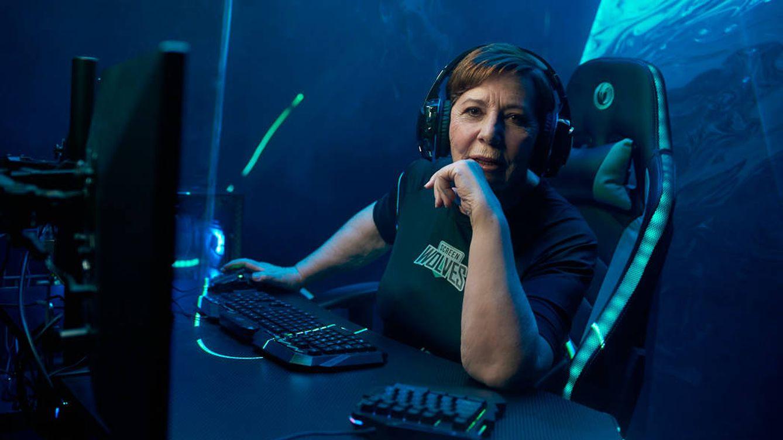 No, Celia Villalobos no se ha hecho 'gamer': todo ha sido una campaña de publicidad